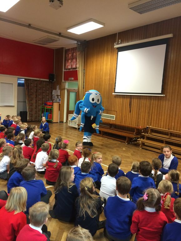 Ozzy the Octopus comes to Smalley!